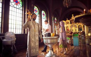 Можно ли крестить детей без крестных родителей