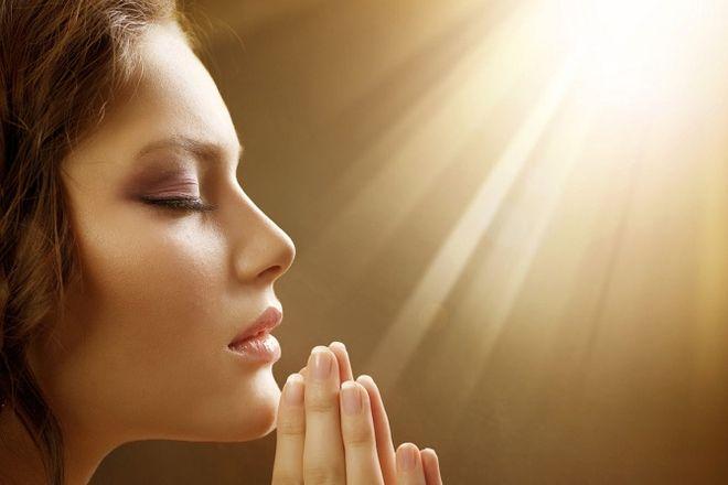 Молитва Пресвятой Богородице о помощи в любви и работе