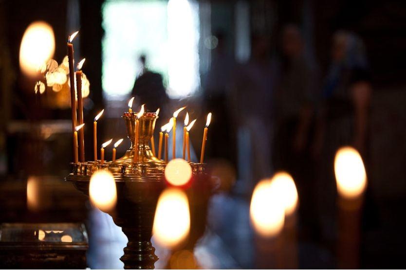 Как правильно молиться дома, чтобы Бог услышал молитву и помог (видео)