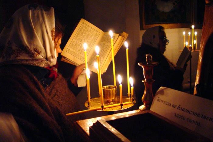 Сильные молитвы от пьянства: кому молиться (видео)