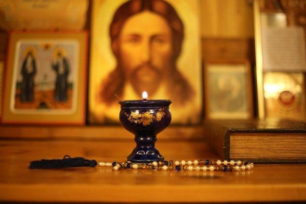 Сильные молитвы для защиты от нечистой силы