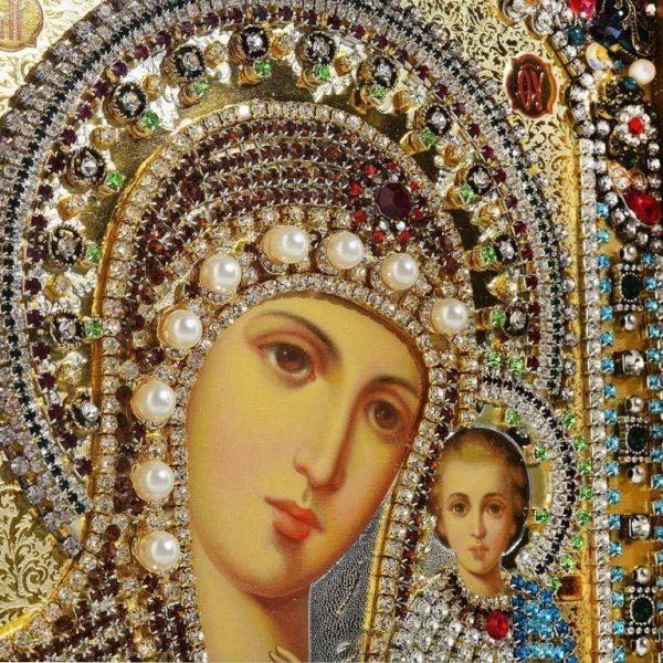 Иконы Божией матери: фото с названиями и значение