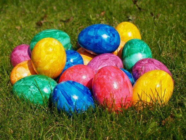 В какой день красят яйца на Пасху