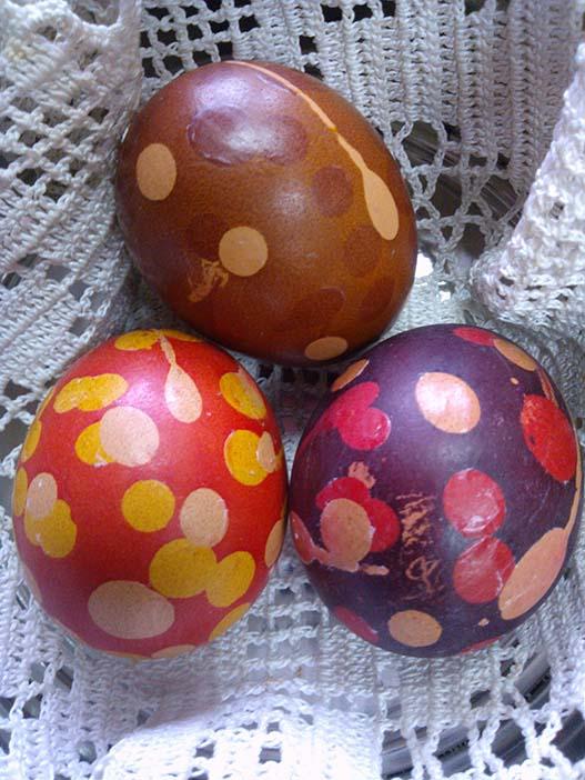Покраска яиц в луковой шелухе: пошагово