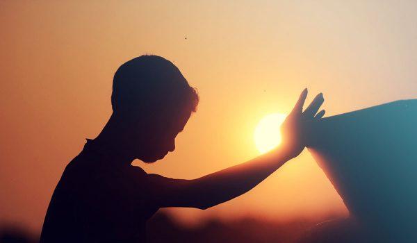 Как и кому молиться перед выходом из дома
