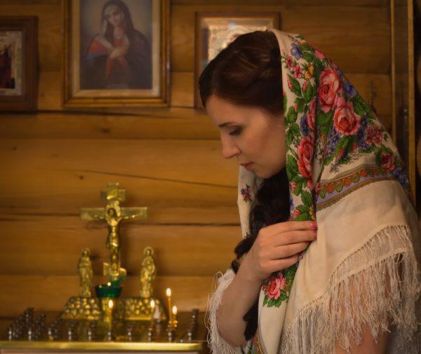Какую молитву читают Матроне Московской о зачатии ребенка